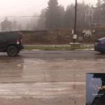 Tesla-Model-X-vs-Hummer-H2-2