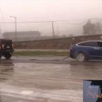 Tesla-Model-X-vs-Hummer-H2-3