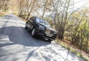 Rolls-Royce- Cullinan-2