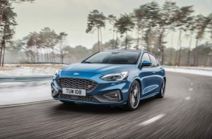 Ford-Focus-ST-2019-1